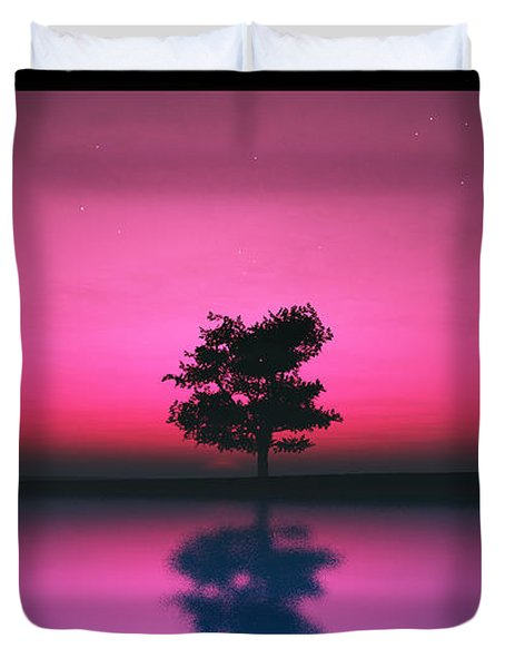 Purple Sky... Duvet Cover by Tim Fillingim