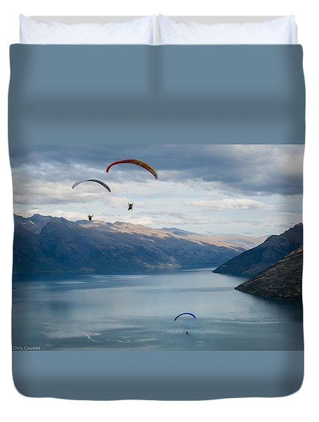 Queenstown Paragliders Duvet Cover