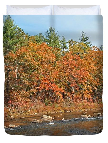 Quinapoxet River In Autumn Duvet Cover