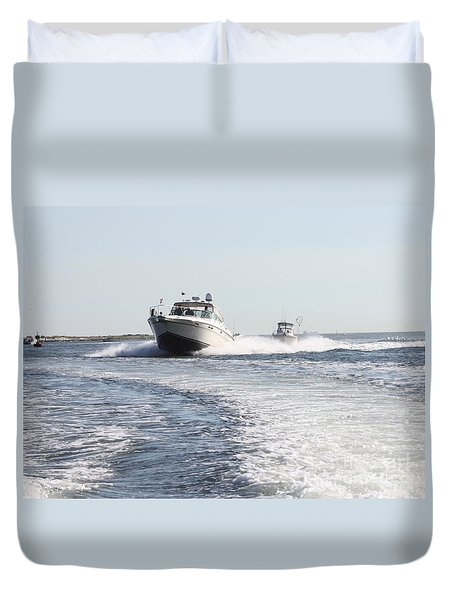 Racing To The Docks Duvet Cover