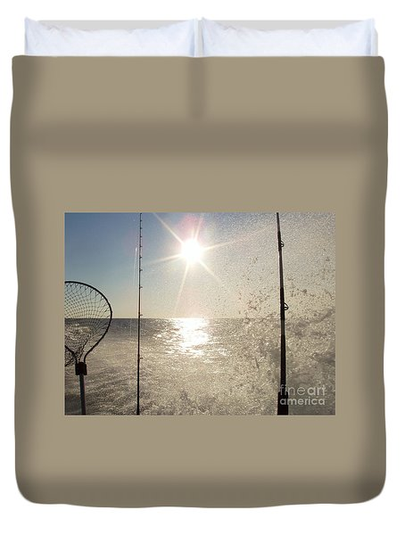 Racing To The Fishing Grounds Duvet Cover by John Telfer