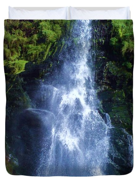 Duvet Cover featuring the photograph Rainbow Falls by John Williams