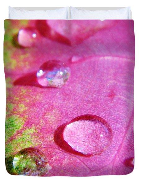 Raindrop On The Leaf Duvet Cover