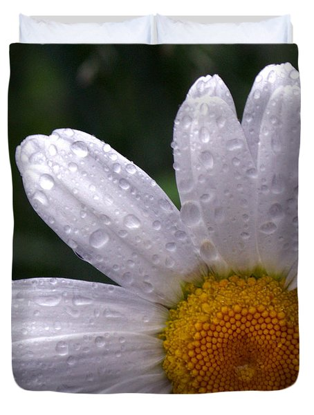 Rainy Day Daisy Duvet Cover