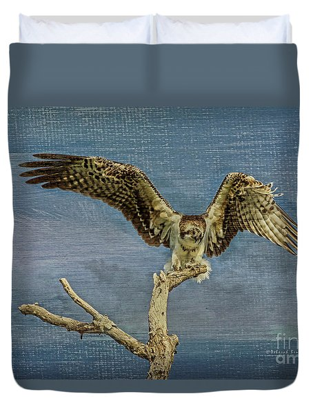 Raptor Display Duvet Cover