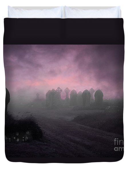 Rave In The Grave Duvet Cover by Terri Waters