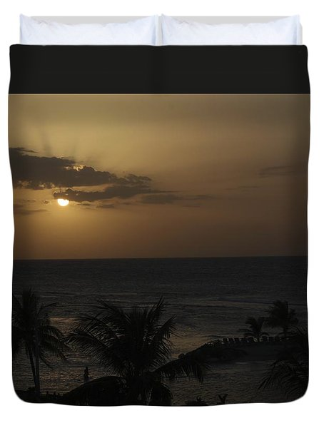 Duvet Cover featuring the photograph Reaching For Heaven by Melanie Lankford Photography