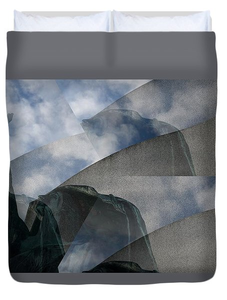 Duvet Cover featuring the photograph Reaching Heaven by Richard Ricci
