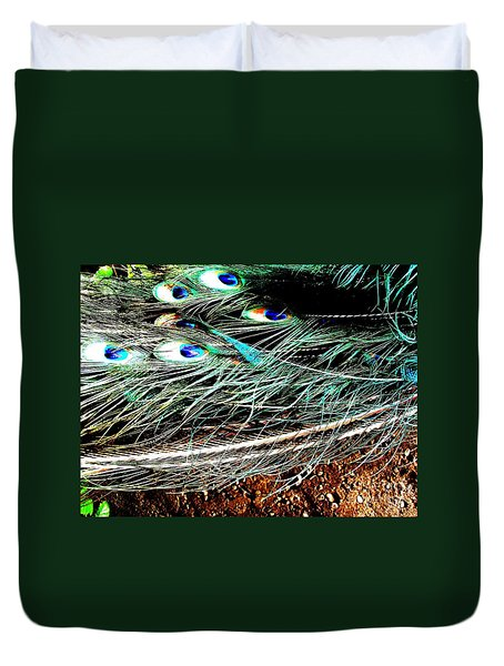 Duvet Cover featuring the photograph Realpeack by Vanessa Palomino