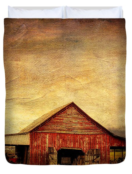 Red Barn  Duvet Cover by Joan McCool