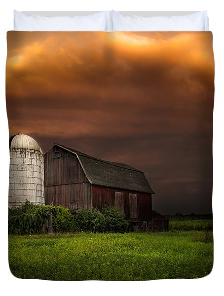 Red Barn Stormy Sky - Rustic Dreams Duvet Cover by Gary Heller