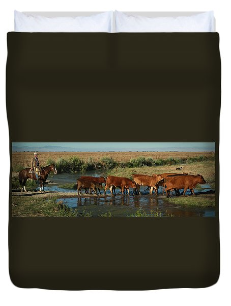 Red Cattle Duvet Cover by Diane Bohna