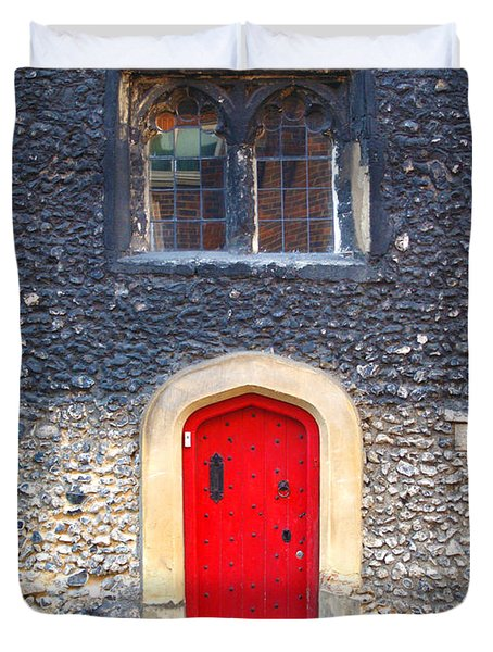 Red Door In Winchester Uk Duvet Cover