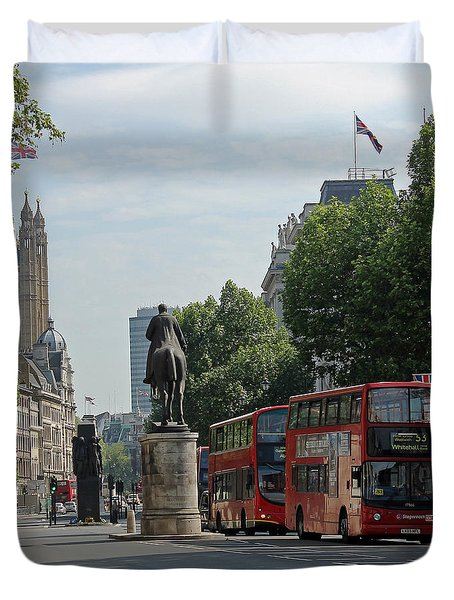 Red London Bus In Whitehall Duvet Cover by Tony Murtagh