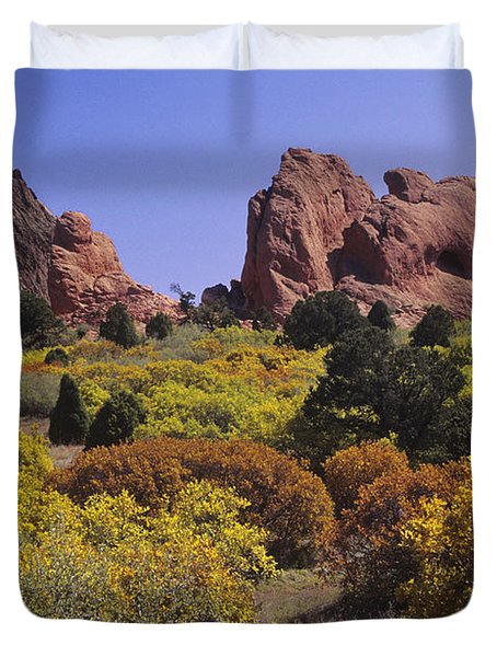Red Lyons Sandstone Formations & Autumn Duvet Cover