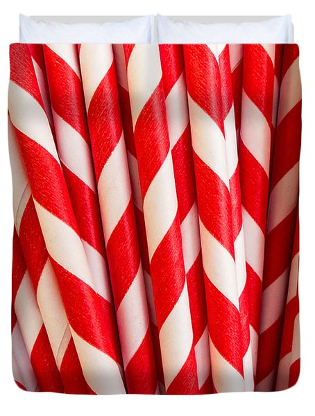 Red Paper Straws Duvet Cover by Edward Fielding