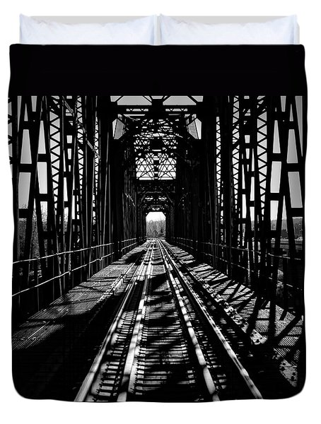 Red River Rail Road Crossing In Bw Duvet Cover by Diana Mary Sharpton