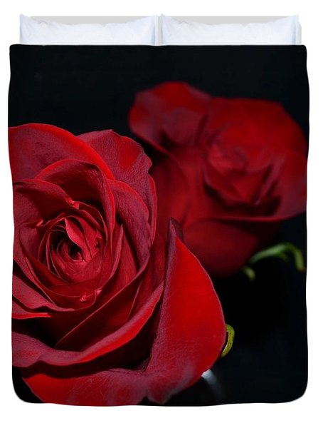 Red Roses For A Blue Lady Duvet Cover by Luther Fine Art