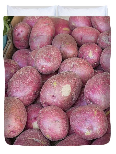 Red Skin Potatoes Stall Display Duvet Cover by Jit Lim