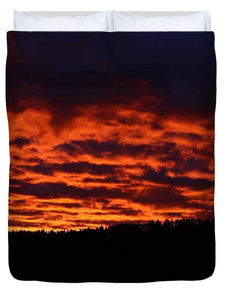 Red Sky In The Morning Duvet Cover
