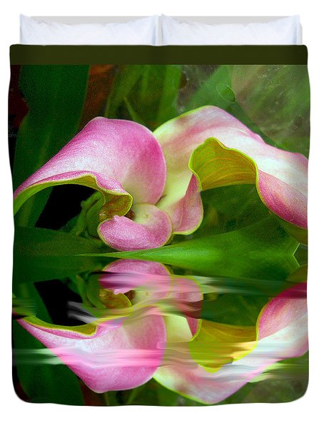 Reflecting Lily Duvet Cover