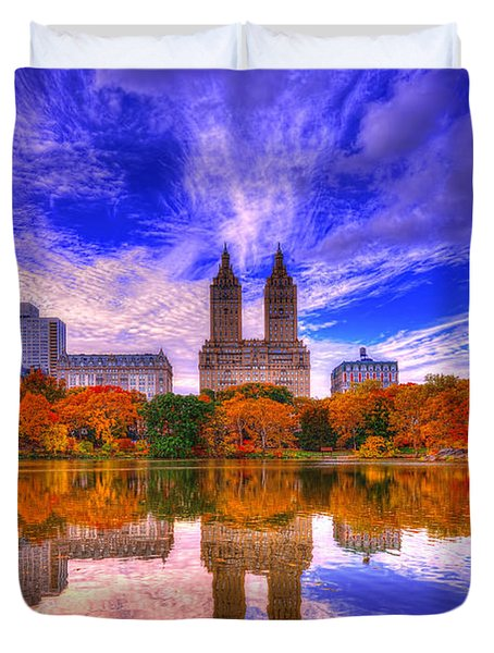 Reflection Of City Duvet Cover