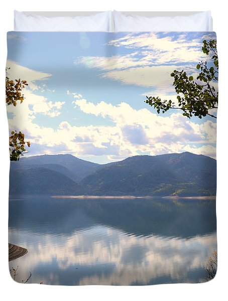 Reflections At Palisades Duvet Cover