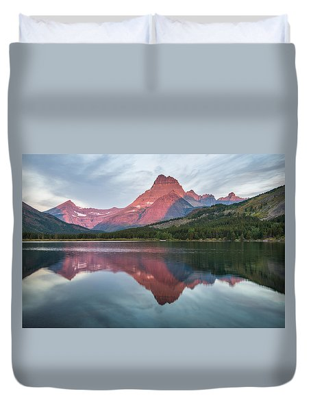 Reflections On Swiftcurrent Dawn Duvet Cover