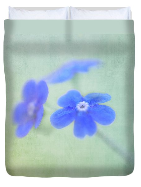 Duvet Cover featuring the photograph Remember Me by Annie Snel