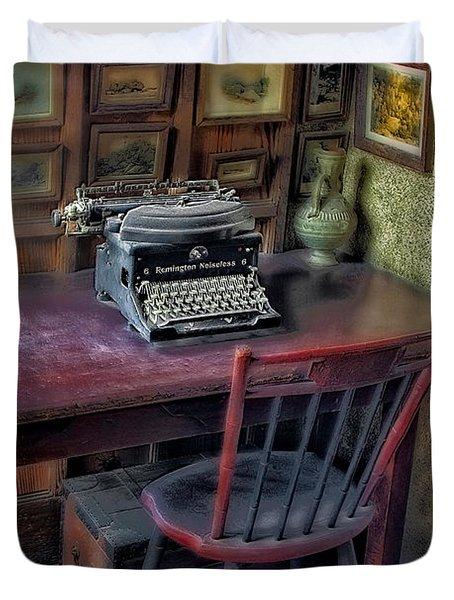 Remington Noiseless No 6 Typewriter Duvet Cover by Susan Candelario