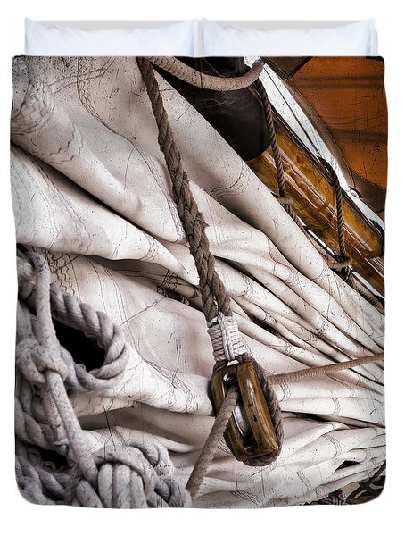 Rig And Sail Duvet Cover
