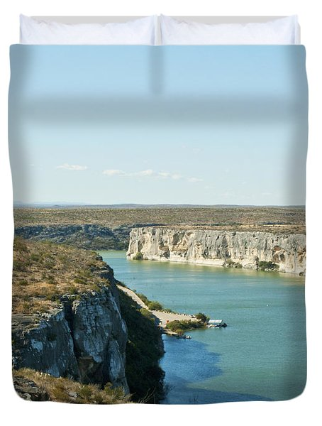 Duvet Cover featuring the photograph Rio Grande by Erika Weber