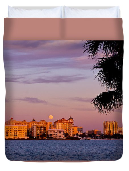 Rising Full Moon Sunset Sarasota Cityscape Duvet Cover