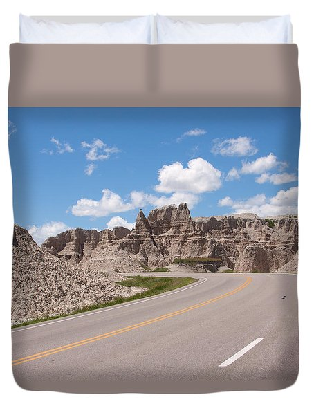 Road Through The Badlands Duvet Cover