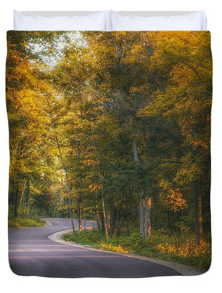 Road To Cave Point Duvet Cover