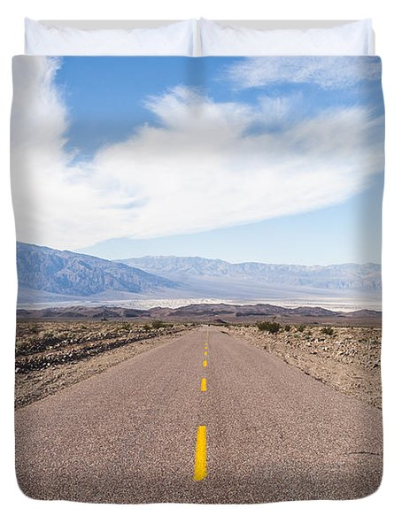 Road To Death Valley Duvet Cover by Muhie Kanawati
