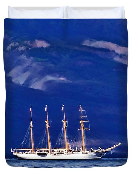 Duvet Cover featuring the photograph Road To Lahaina 34 by Dawn Eshelman
