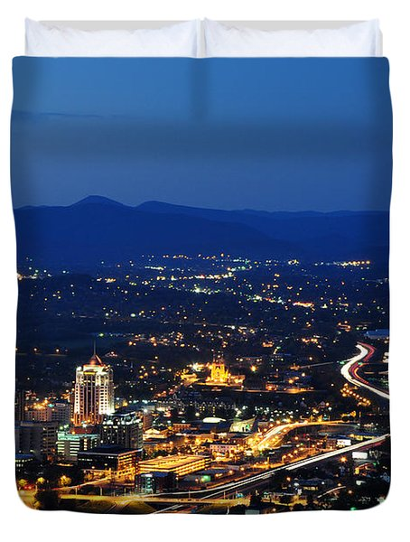 Roanoke City As Seen From Mill Mountain Star At Dusk In Virginia Duvet Cover by Paul Fearn