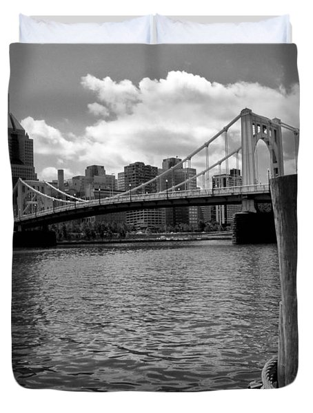 Roberto Clemente Bridge Pittsburgh Duvet Cover