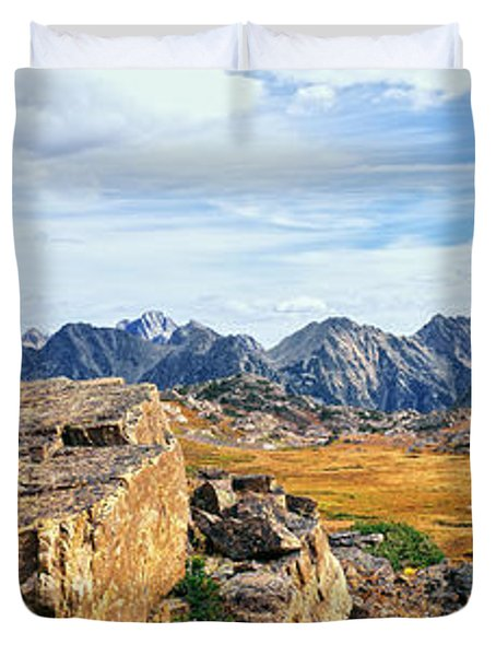 Rock Formations In A Canyon, South Fork Duvet Cover