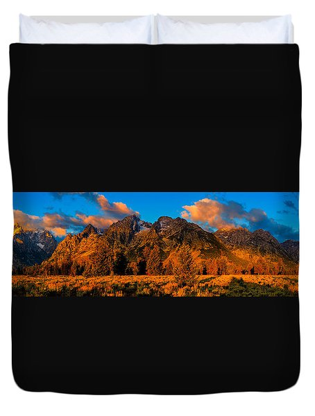 Rock Of Ages Panorama Duvet Cover
