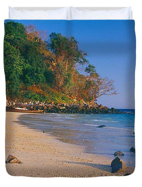 Rocks On The Beach, Phi Phi Islands Duvet Cover