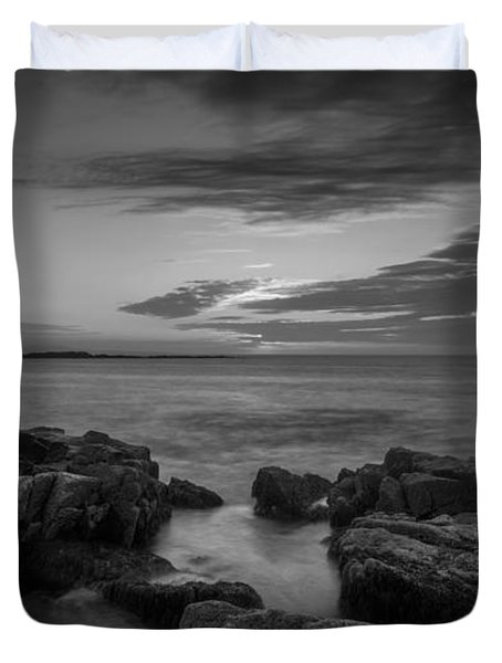 Rocky Coast Of Maine Bw Wide Crop Duvet Cover