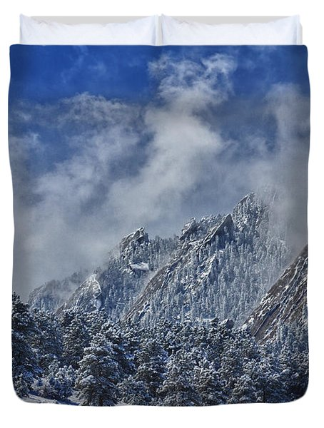 Rocky Mountain Dusting Of Snow Boulder Colorado Duvet Cover