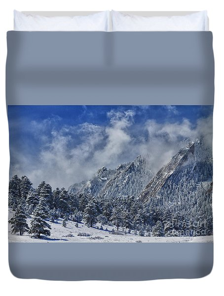 Rocky Mountain Dusting Of Snow Boulder Colorado Duvet Cover