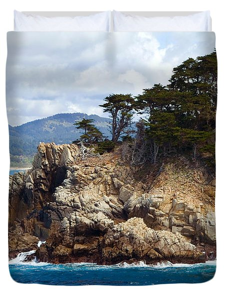 Rocky Outcropping At Point Lobos Duvet Cover
