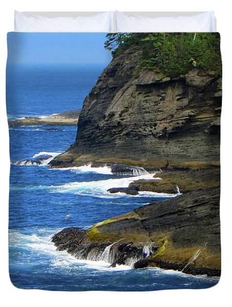 Duvet Cover featuring the photograph Rocky Shores by Tikvah's Hope