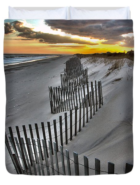 Rogers Beach First Day Of Spring 2014 Duvet Cover