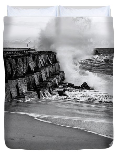 Rogue Bullet Wave Cabrillo Beach By Denise Dube Duvet Cover