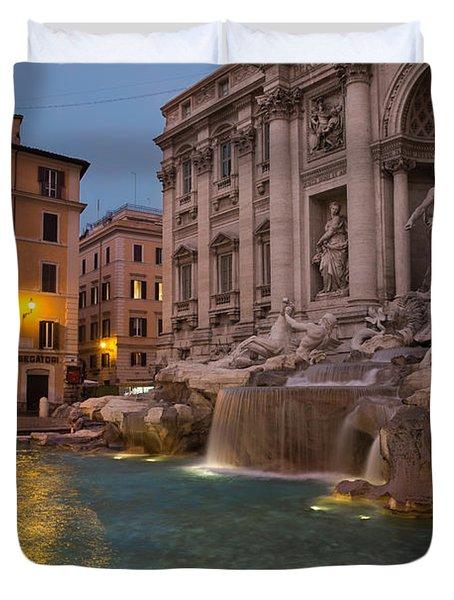 Rome's Fabulous Fountains - Trevi Fountain At Dawn Duvet Cover